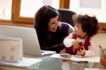 5 Amazing Early Childhood Activities to Keep Kids Busy While Mom is Working