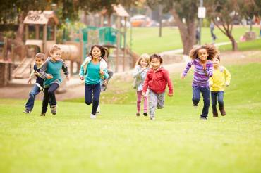 Best Four Outdoor Spring Activities for your Toddlers